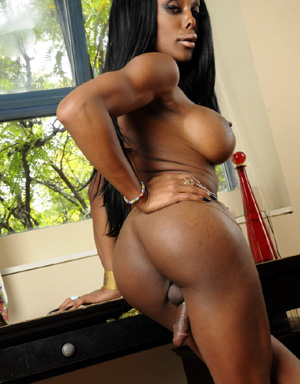 Big Ass Black Tranny Jerk and Cum