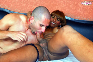 Sloppy Big Dick Ebony Shemale Blowjob