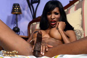 Monster Cock Black Tranny Blowjob and Cumshot