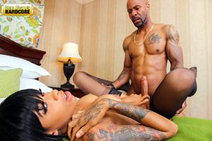 Amateur Shemale Handjob Cum on Big Tits