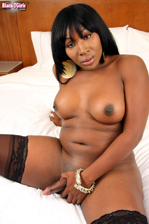 Hot Ebony Shemale Glory Hole Handjob